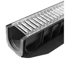 Водосточный лоток пластиковый DN 100 H 100 в комплекте с оцинкованной решеткой, А 15