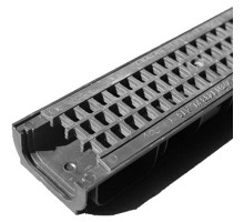 Водосточный лоток пластиковый DN 100 H 63 в комплекте с пластиковой решеткой, А 15