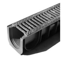 Водосточный лоток пластиковый DN 100 H 135 в комплекте с чугунной решеткой, C 250